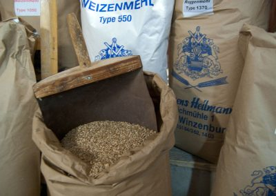 Vom Korn zum Mehl